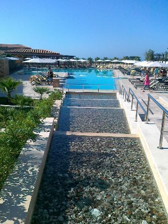 Apollonion Resort & Spa: the pool area