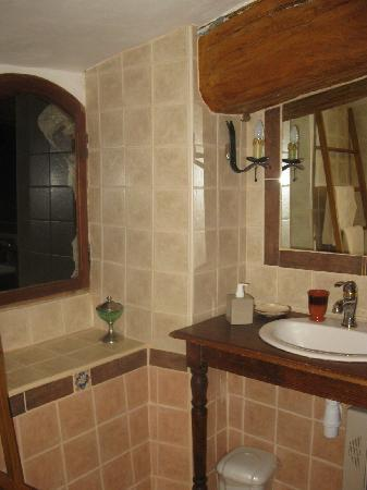 L'Oustaou di Barri Bed and Breakfast : Foto del bagno