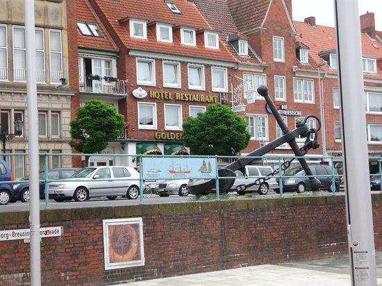 Emden, Tyskland: zentraler geht`s nicht