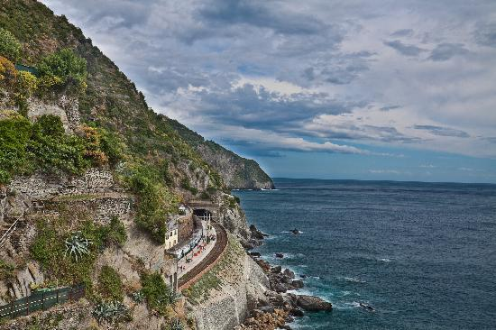 Il Carugio: The view immediately upon arriving in Manarola