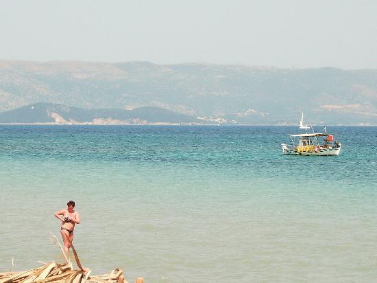 Corfu Sea Gardens: Pretty view from the pool.