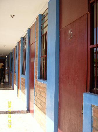 Hostel Nasca Trails: 客房前的走廊