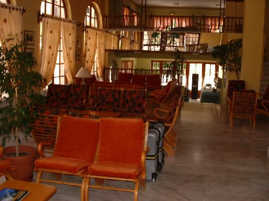 Mirabel City Center Hotel: Hotel lounge