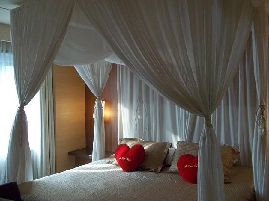 PARKROYAL Kuala Lumpur: Room in suite