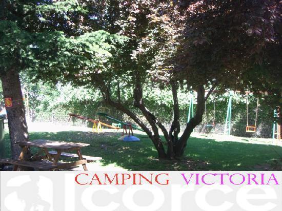 Camping Victoria: Parque y oficina de guias