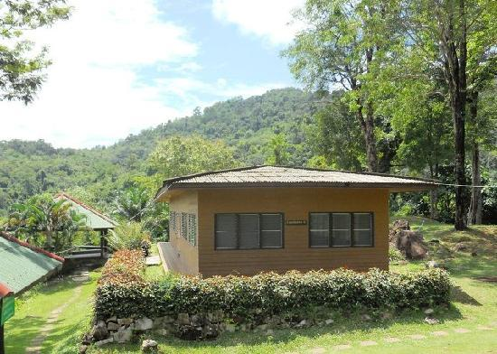 Namtok Phlio National Park: Cabin and tent accommodation available