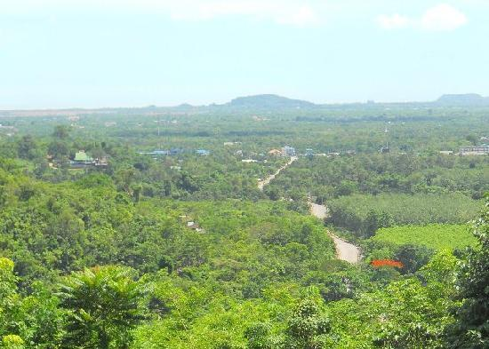 Namtok Phlio National Park: View towards Laem Sing and coastline, beaches