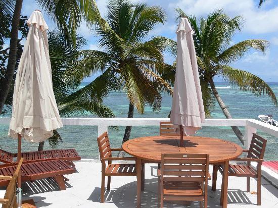 Coco Beach Resort: Terrasse ensoleillée d'un T3