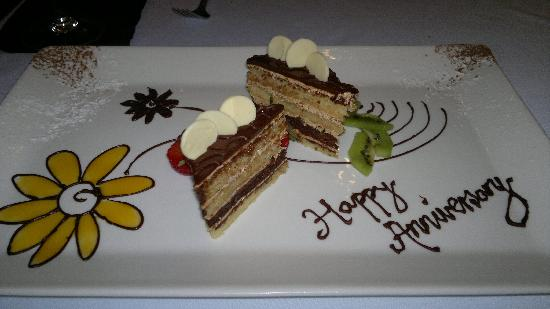 Ipanema Restaurant & Lounge: Our anniversary opera cake