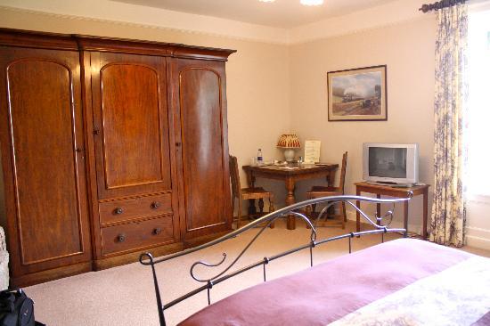 Manor Farm B&B: Spacious Master Bedroom