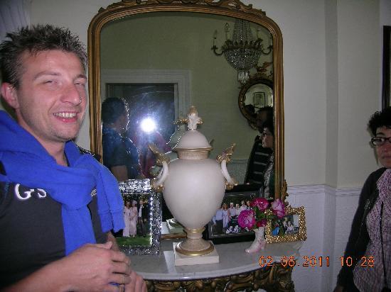 Hydra House B&B Dublin: l'urna...