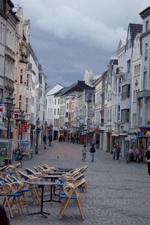 Bonn, Alemania: strada centrale