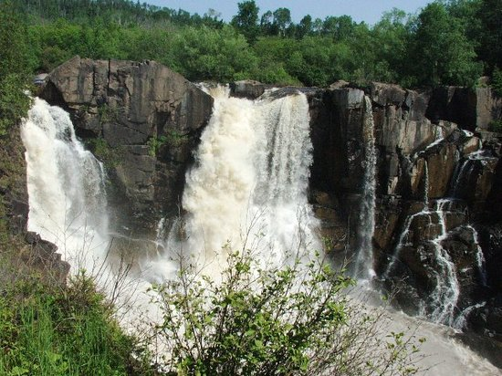 Grand Portage, MN: Tallest waterfall in MN