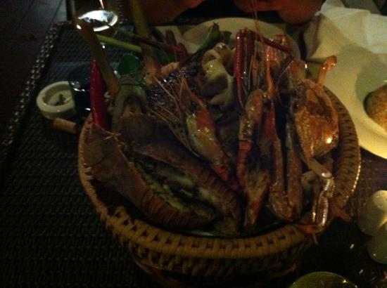 The Farmer Restaurant and Bar: sea food in basket