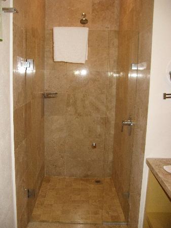 Taheima Wellness Resort & Spa: shower