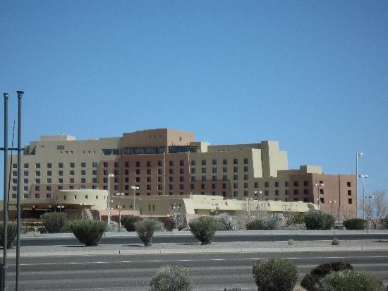 Sandia Casino & Resort: Arriving