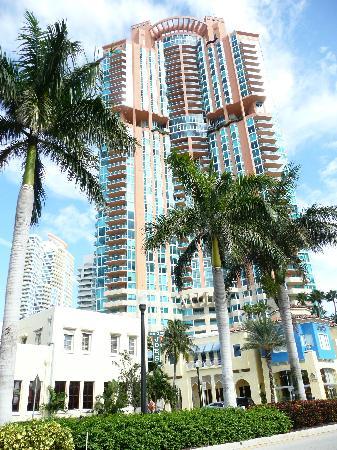 Miami, FL: Hotel