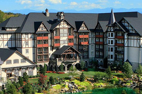 Aerial View - Picture of The Inn at Christmas Place, Pigeon Forge ...