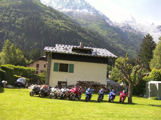 Chalet Les Pelerins: Perfect Location For Bikers