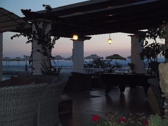 Coralli Apartments : Pool Area 2