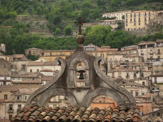 Re Alarico: One view of Cosenza.