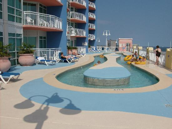 The Prince Resort: Lazy river in the afternoon