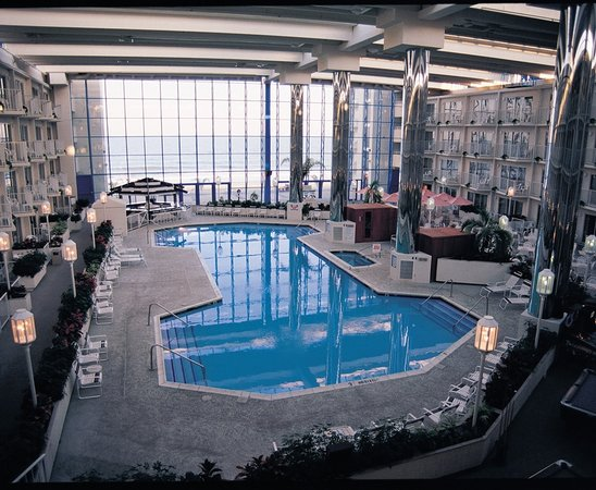Princess Royale Ocean City Hotel  Photo