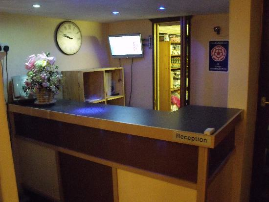Winterbourne Hotel: new reception