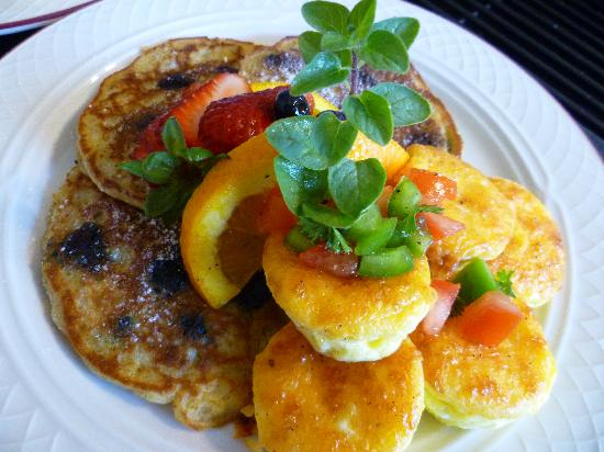 Americus Garden Inn Bed & Breakfast: Delight your tastebuds with our delicious breakfast at Americus Garden Inn.