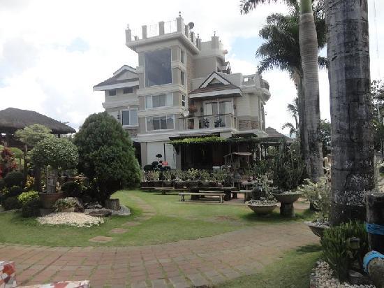 Baker's Hill: the house onsite