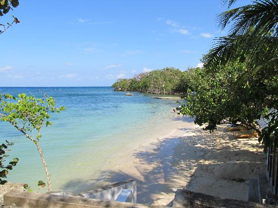 Rhodes Beach Resort Negril : I could just walk into that picture and stay there!
