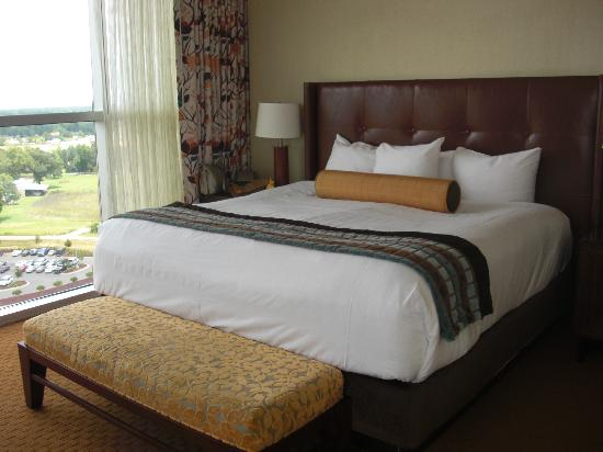 Wind Creek Casino & Hotel, Atmore: The most comfortable hotel bed I've EVER slept in