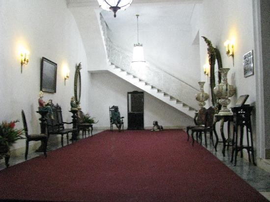 Lobby of the Santiago 1900