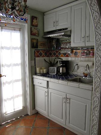 Vintage Sol: Kitchen II