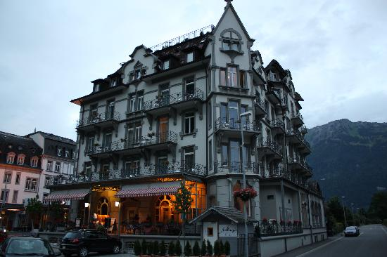 Carlton-Europe Hotel: front of building