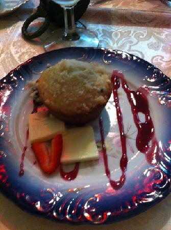 1884 Wildwood Bed and Breakfast Inn: 1 of 3 courses for breakfast
