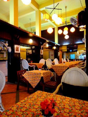 Sawasdee Khaosan Inn: Restaurant