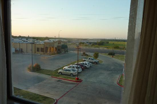 "Comfort Inn Early: ""view"" from my room"