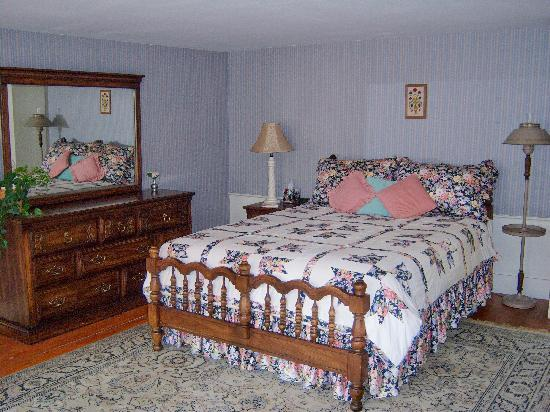 Six Chimneys & A Dream: The Grey Room is very spacious with a Queen bed and private bath.