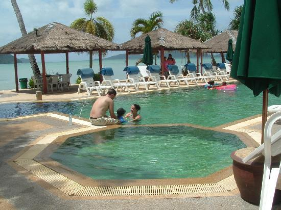 Friendship Beach Resort & Atmanjai Wellness Centre: all day swimming