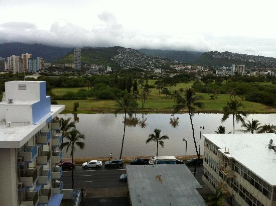 Ilima Hotel: 部屋からの景色。夜景最高。
