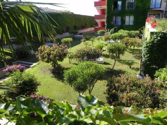 Hotel Caesar Palace: vue des chambres arrières