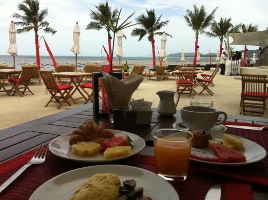 Beach Republic The Residences: amazing breakfast at the Beach Republic!