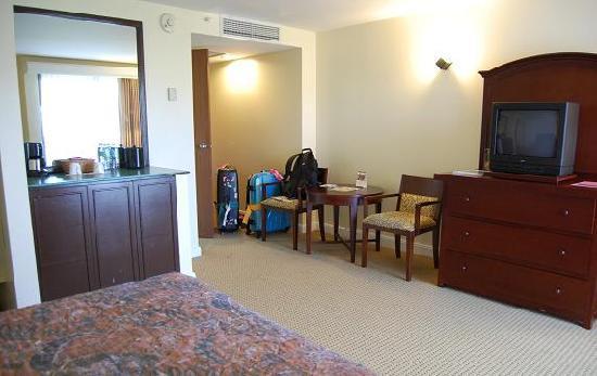 Holiday Resort & Spa Guam: 部屋