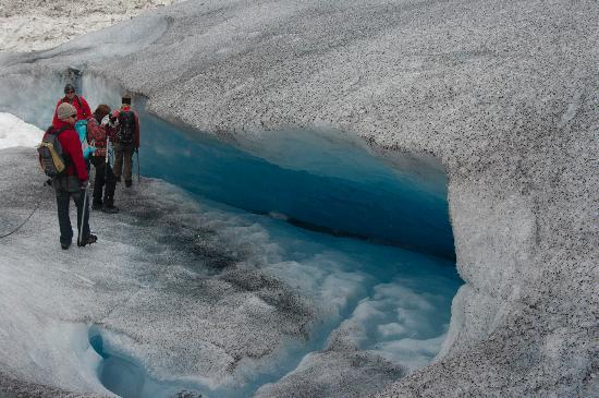 Nigardsbreen Glacier: cool crevice