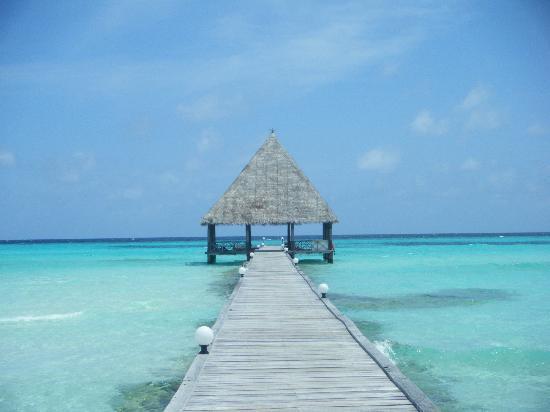 Gasfinolhu Island Resort: il ponte