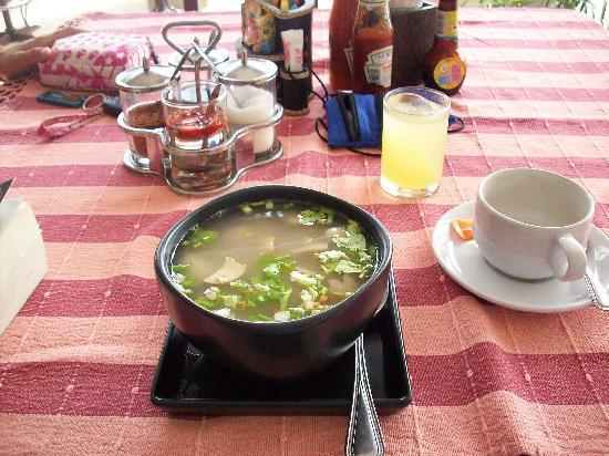 Koram Resort Samroiyod: Breakfast at restaurant