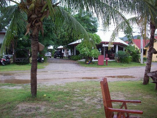 Koram Resort Samroiyod: Resort view