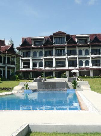 Khao Lak Riverside Resort & Spa : the pool & our room on 2nd floor