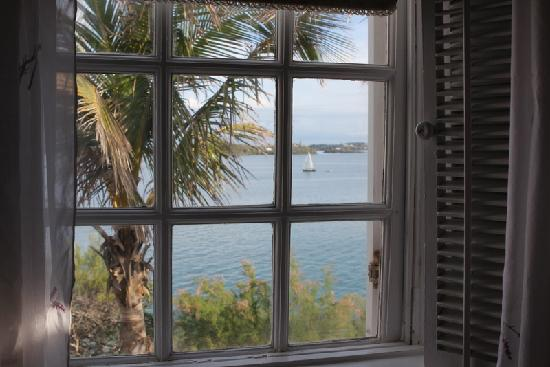 Warwick Parish, Bermuda: The view from our bedroom (The Royal Room)